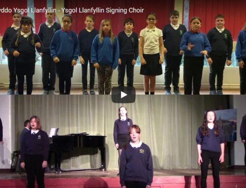 Côr Arwyddo Ysgol Llanfyllin / Ysgol Llanfyllin's Signing Choir
